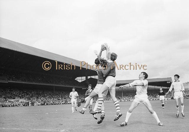 Cork's full forward, M. Doherty goes up for the ball watched by Sligo full back during the All Ireland Minor Gaelic Football Final Sligo v. Cork in Croke Park on the 22nd September 1968. Cork 3-5, Sligo 1-10.