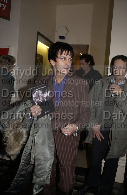 Steve Strange. Andrew Barrow book party, Redfern Gallery, London. 20 November 2002. © Copyright Photograph by Dafydd Jones 66 Stockwell Park Rd. London SW9 0DA Tel 020 7733 0108 www.dafjones.com