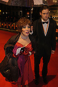 Ruby Wax, arrive at the 2006 BAFTA Awards at the Leicester Square Odeon Cinema in London. 19 February 2006.  -DO NOT ARCHIVE-© Copyright Photograph by Dafydd Jones 66 Stockwell Park Rd. London SW9 0DA Tel 020 7733 0108 www.dafjones.com