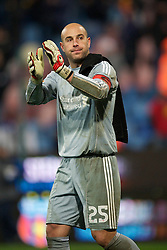 BUCHAREST, ROMANIA - Thursday, December 2, 2010: Liverpool's captain goalkeeper Jose Reina applauds the travelling supporters after his side's 1-1 draw with FC Steaua Bucuresti during the UEFA Europa League Group K match at the Stadionul Steaua. (Pic by: David Rawcliffe/Propaganda)