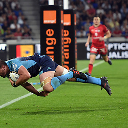 Louis Picamoles of Montpellier scores the third try during the Top 14 semi final match between Montpellier Herault Rugby and Lyon on May 25, 2018 in Lyon, France. (Photo by Alexandre Dimou/Icon Sport)