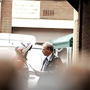 Schietpartij Hilvertsweg 17 Hilversum, KLPD politieagent Frans Nijhoff pleegt zelfmoord na doodschieten vrouw en kinderen