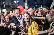 Napoli. La capolista del Pd alle elezioni europee per la circoscrizione Sud, Pina Picierno, in piazza Sanità a Napoli in occasione del comizio elettorale per le elezioni europee di Matteo Renzi, Presidente del Consiglio, nonché segretario del Partito Democratico.