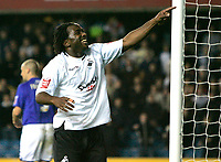 Photo: Tom Dulat/Sportsbeat Images.<br /> <br /> Millwall v Swansea City. Coca Cola League 1. 06/11/2007.<br /> <br />  Jason Scotland of Swansea City celebrates his opener. Swansea City leads 1-0