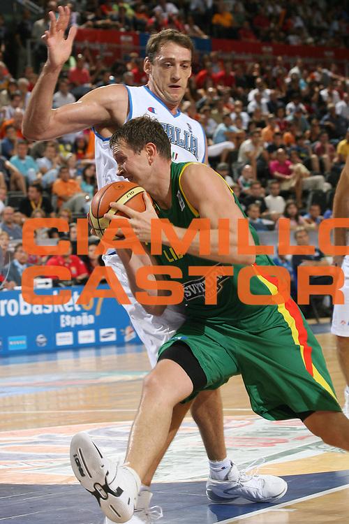 DESCRIZIONE : Madrid Spagna Spain Eurobasket Men 2007 Italia Lituania Itlay Lithuania <br /> GIOCATORE : <br /> SQUADRA : Lituania Lithuania <br /> EVENTO : Eurobasket Men 2007 Campionati Europei Uomini 2007 <br /> GARA : Italia Lituania Italy Lithuania <br /> DATA : 08/09/2007 <br /> CATEGORIA : Penetrazione <br /> SPORT : Pallacanestro <br /> AUTORE : Ciamillo&amp;Castoria/M.Metlas <br /> Galleria : Eurobasket Men 2007 <br /> Fotonotizia : Madrid Spagna Spain Eurobasket Men 2007 Italia Lituania Italy Lithuania <br /> Predefinita :