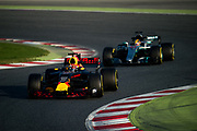 March 7-10, 2017: Circuit de Catalunya. Max Verstappen (DEU), Red Bull Racing, RB13, Lewis Hamilton (GBR), Mercedes AMG Petronas Motorsport, F1 W08
