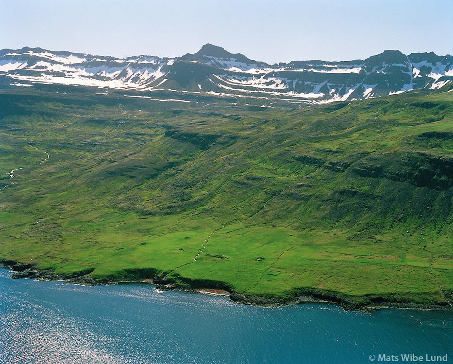 Kross séð til suðurs, Fjarðabyggð áður Mjóafjarðarhreppur / Kross viewing south, Fjardabyggd former Mjoafjardarhreppur