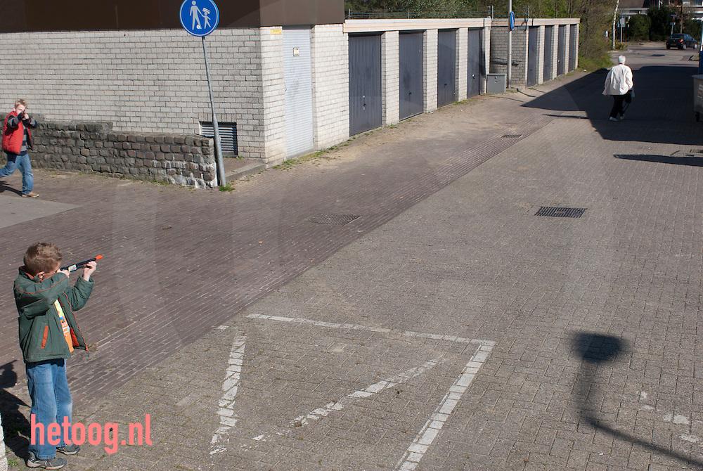 Nederland, 04april2007 winkelcentrum 'stokhorst' in enschede (is dit) de allerlelijksteplek van nederland?  verkiezing v/d lelijksteplek door programma 'de slag om nederland' VPRO TV 2012