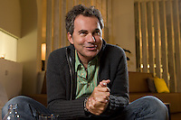 2008, BERLIN/GERMANY:<br /> Martin Varsavsky, argentinischer Unternehmer und Geschaeftsfuehrer und Gruender von FON, waehrend einem Interview, Restaurant Shiro I Shiro<br /> IMAGE: 20081020-04-009