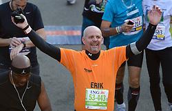 03-11-2013 ALGEMEEN: BVDGF NY MARATHON: NEW YORK <br /> De NY marathon werd weer een groot succes voor de BvdGf. Alle lopers hebben met prachtige tijden de finish gehaald / Erik finisht in 4:55:20<br /> ©2013-FotoHoogendoorn.nl