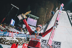 06.01.2020, Paul Außerleitner Schanze, Bischofshofen, AUT, FIS Weltcup Skisprung, Vierschanzentournee, Bischofshofen, Finale, Podium Gesamtsieg, im Bild 1. Platz Dawid Kubacki (POL) // Winner Dawid Kubacki of Poland during Podium for the overall victory of the Four Hills Tournament of FIS Ski Jumping World Cup at the Paul Außerleitner Schanze in Bischofshofen, Austria on 2020/01/06. EXPA Pictures © 2020, PhotoCredit: EXPA/ Dominik Angerer