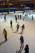 Mannheim. 03.11.17 | Eisdisco in der Eishalle.<br /> Neckarstadt. Leistungszentrum Eissport.<br /> Eisdisco in der Eislaufhalle.<br /> Zu Black, House 80er, 90er und aktuellen Charts über die Eisfläche tanzen, die neuesten Sprünge zeigen oder einfach Freunde treffen und mit ihnen Runden zu tollen Lichteffekten drehen.<br /> <br /> <br /> BILD- ID 22224 |<br /> Bild: Markus Prosswitz 03NOV17 / masterpress (Bild ist honorarpflichtig - No Model Release!)