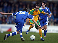 Photo: Rich Eaton.<br /> <br /> Cardiff City v Norwich City. Coca Cola Championship. 10/03/2007. Lee Croft centre of Norwich attacks