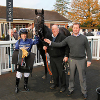Masters Club and Kirsty Milczarek winning the 11.40 race