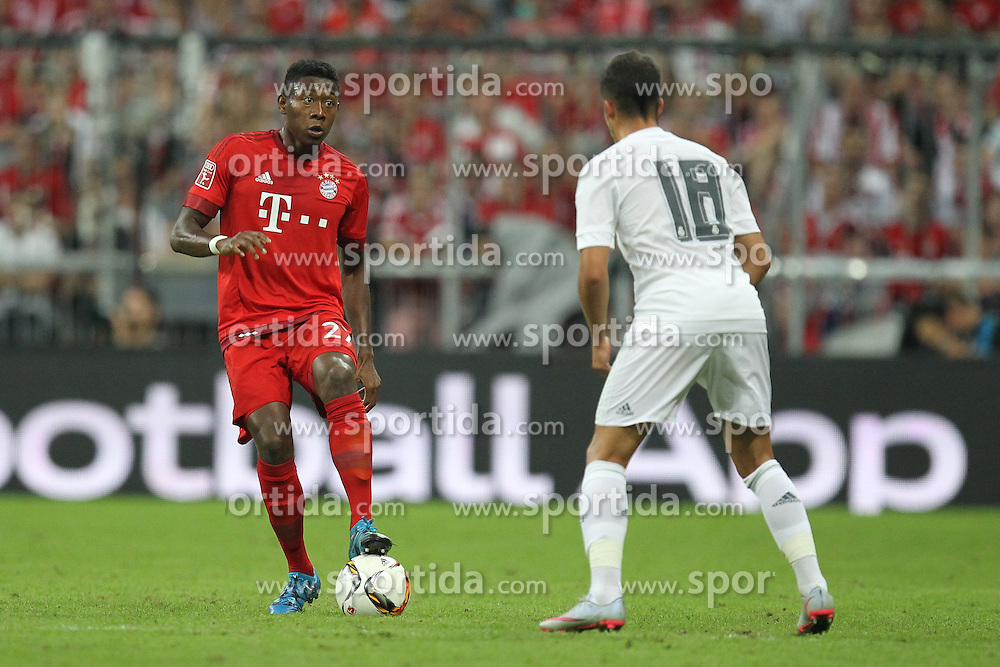 05.08.2015, Allianz Arena, Muenchen, GER, AUDI CUP, FC Bayern Muenchen vs Real Madrid, im Bild l-r: im Zweikampf, Aktion, mit David Alaba #27 (FC Bayern Muenchen) und Lucas Vazquez #18 (Real Madrid) // during the 2015 Audi Cup Match between FC Bayern Munich and Real Madrid at the Allianz Arena in Muenchen, Germany on 2015/08/05. EXPA Pictures &copy; 2015, PhotoCredit: EXPA/ Eibner-Pressefoto/ Kolbert<br /> <br /> *****ATTENTION - OUT of GER*****