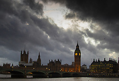 2016-02-01 Stormy sky over Westminster