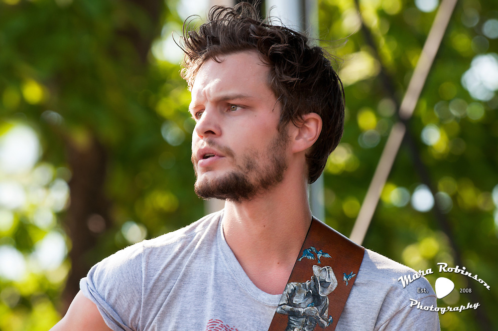 Kristian Matsson, The Tallest Man On Earth,  live in concert, photo by Mara Robinson, at the Pitchfork Music Festival, Union Park, Chicago, Friday, July 16, 2010
