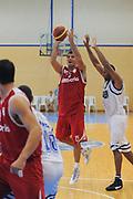DESCRIZIONE : Varallo Torneo di Varallo Lega A 2011-12 Banco di Sardegna Sassari Cimberio Varese<br /> GIOCATORE : Gabriele Ganeto<br /> CATEGORIA :  Tiro<br /> SQUADRA : Cimberio Varese<br /> EVENTO : Campionato Lega A 2011-2012<br /> GARA : Banco di Sardegna Sassari Cimberio Varese<br /> DATA : 10/09/2011<br /> SPORT : Pallacanestro<br /> AUTORE : Agenzia Ciamillo-Castoria/A.Dealberto<br /> Galleria : Lega Basket A 2011-2012<br /> Fotonotizia : Varallo Torneo di Varallo Lega A 2011-12 Banco di Sardegna Sassari Cimberio Varese<br /> Predefinita :