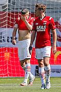 ALKMAAR - 30-08-2015, AZ - Roda JC, AFAS Stadion, teleurstelling, AZ speler Jeffrey Gouweleeuw (l), AZ speler Ben Rienstra (r).