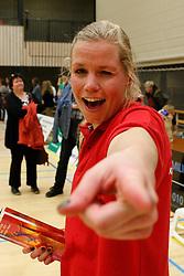 21-04-2012 VOLLEYBAL: B- LEAGUE DAMES VCN KING SOFTWARE - KINDERCENTRUM ALTERNO 2: CAPELLE AAN DEN IJSSEL <br /> Anna Brouwer is blij met het behaalde kampioenschap <br /> ©2012-FotoHoogendoorn.nl / Pim Waslander