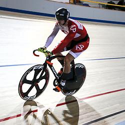 16-12-2016: Wielrennen: NK baanwielrennen: Apeldoorn  <br /> APELDOORN (NED) baanwielrennen  <br /> Jeffrey Hoogland wint de eerste rit kwart finale