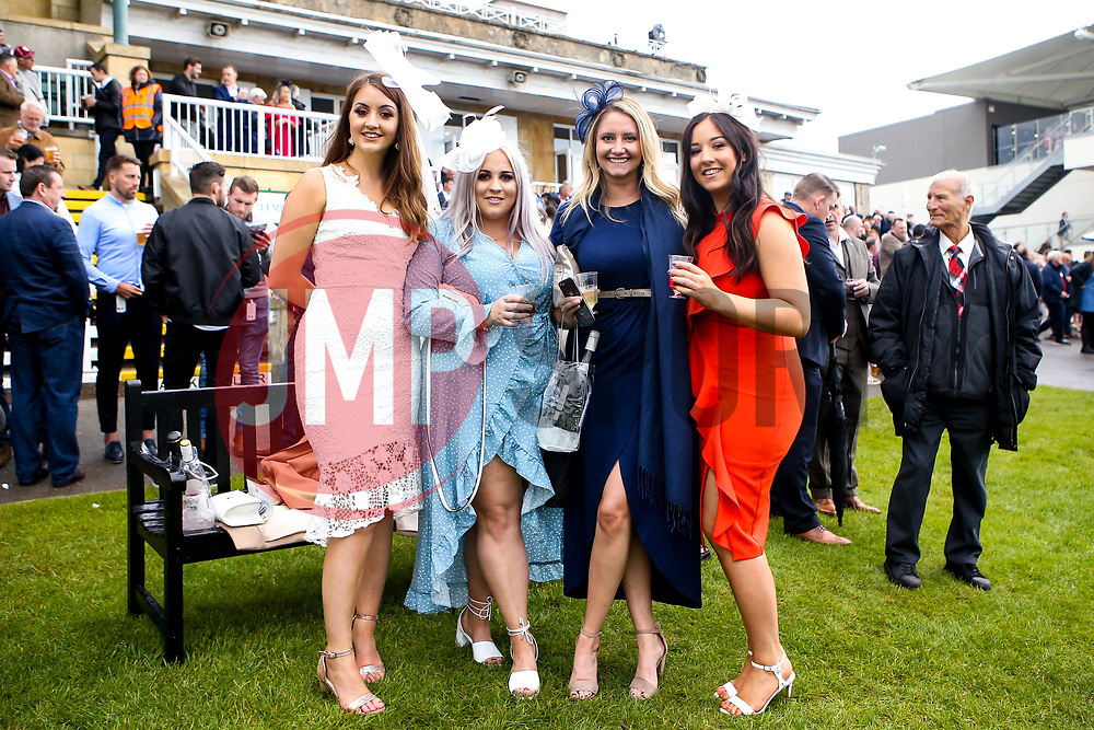 Bath Racecourse hosts its annual Ladies Day - Mandatory by-line: Robbie Stephenson/JMP - 15/06/2019 - HORSE RACING - Bath Racecourse - Bath, England - Bath Racecourse Ladies Day
