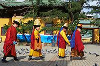 Mongolie, Oulan Bator, Monastere de Gandan (Gandantegchinlen Khiid). // Mongolia, Ulan Bator, Gandan monastery (Gandantegchinlen Khiid).