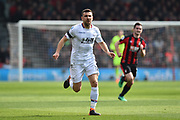 James McArthur (18) of Crystal Palace during the Premier League match between Bournemouth and Crystal Palace at the Vitality Stadium, Bournemouth, England on 7 April 2018. Picture by Graham Hunt.