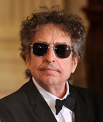 President Barack Obama awards the Presidential Medal of Freedom to singer/songwriter Bob Dylan during a ceremony in the East Room at the White House in Washington, DC, USA on May 29, 2012. Photo by Olivier Douliery/ABACAPRESS.COM  | 322088_006