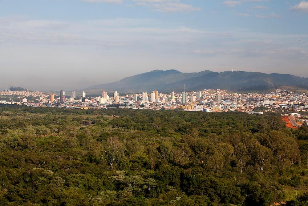 Pouso Alegre_MG, Brasil...Vista panoramica de Pouso Alegre...The panoramic view of Pouso Alegre...Foto: LEO DRUMOND / NITRO.....