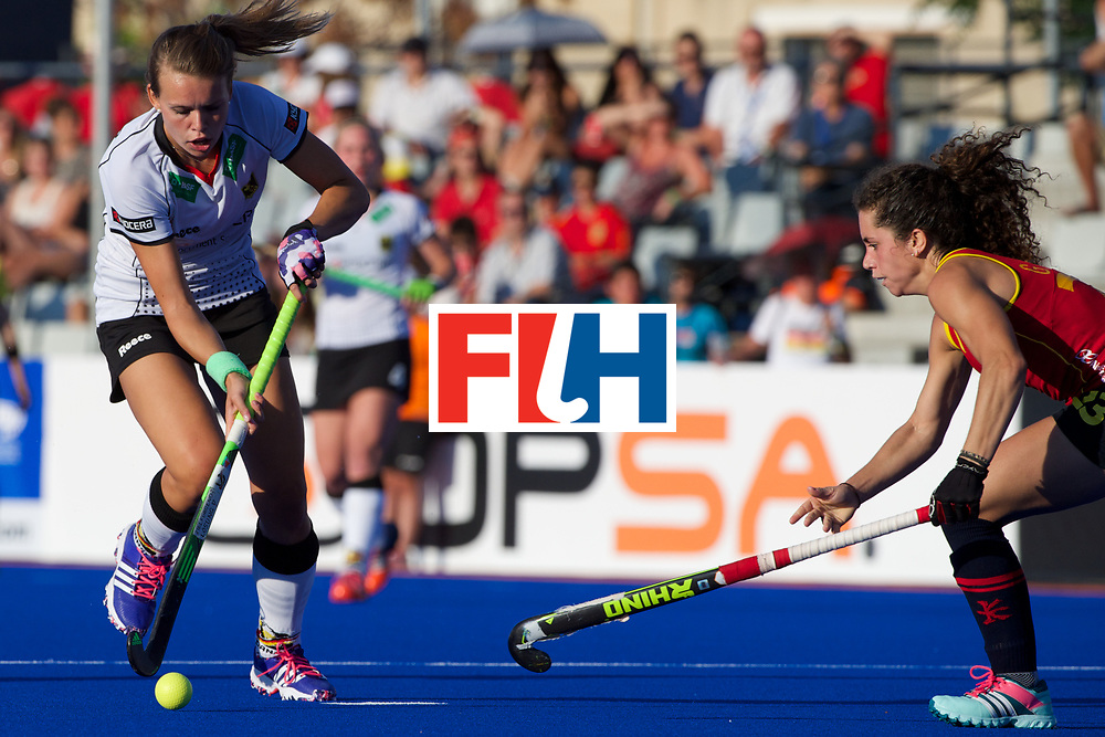 RIO 2016 Olympic qualification, Hockey, Women, quarterfinal, Germany vs Spain QF2 : Georgina Oliva opposed to Anne Schröder