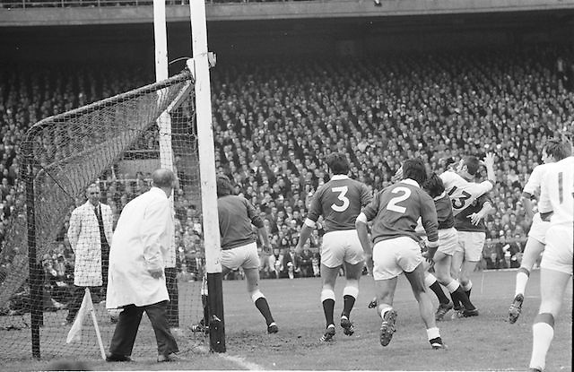 Players fill into the Galway goalmouth during the All Ireland Senior Gaelic Football Championship Final Cork v Galway in Croke Park on the 23rd September 1973. Cork 3-17 Galway 2-13.