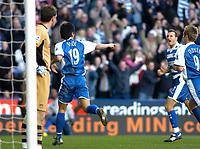 Photo: Gareth Davies.<br />Reading v Charlton Athletic. The Barclays Premiership. 18/11/2006.<br />Reading's Seol Ki-Hyeon (19) celebrates after scoring for Reading.
