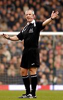 Photo: Alan Crowhurst.<br />Fulham v West Ham United. The Barclays Premiership. 23/12/2006. Referee Chris Foy.