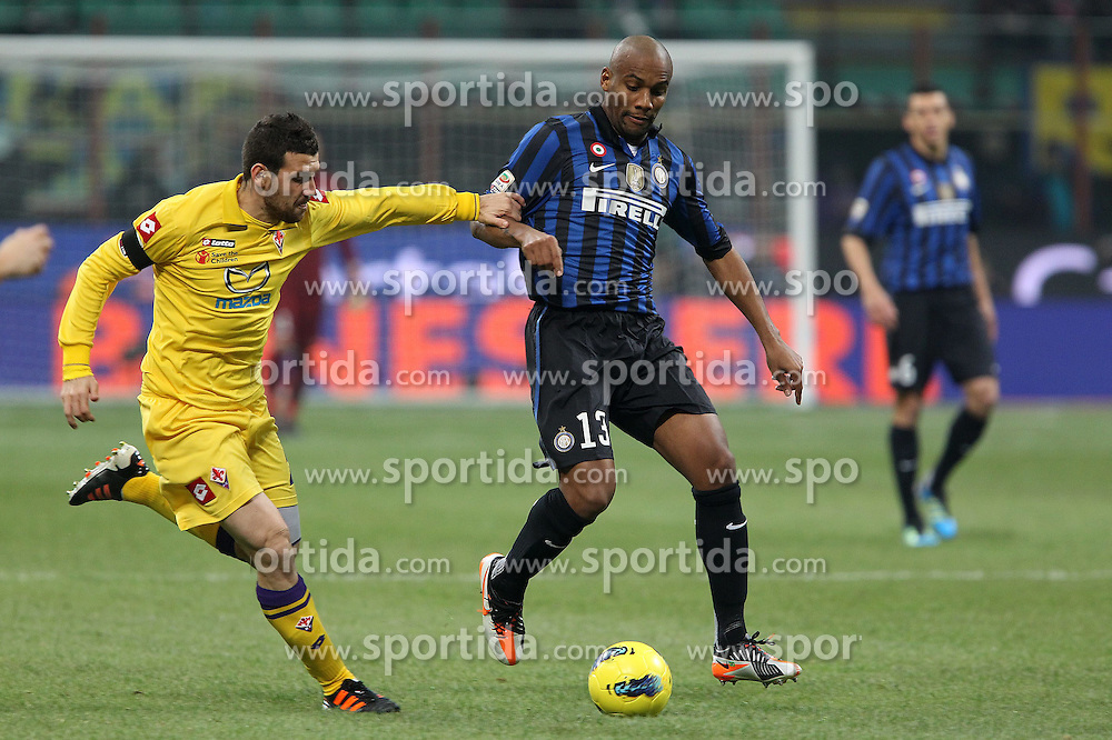 10.12.2011, Stadion Giuseppe Meazza, Mailand, ITA, Serie A, Inter Mailand vs AC Florenz, 15. Spieltag, im Bild Maicon Inter the football match of Italian 'Serie A' league, 15th round, between Inter Mailand and AC Florenz at Stadium Giuseppe Meazza, Milan, Italy on 2011/12/10. EXPA Pictures © 2011, PhotoCredit: EXPA/ Insidefoto/ Paolo Nucci..***** ATTENTION - for AUT, SLO, CRO, SRB, SUI and SWE only *****