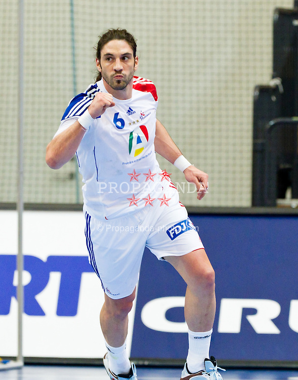 19.01.2011, Kristianstad Arena, SWE, IHF Handball Weltmeisterschaft 2011, Herren, Deutschland (GER) vs Frankreich (FRA) im Bild, // Frankrike France 6 Bertrand Gille // during the IHF 2011 World Men's Handball Championship match  Germany (GER) vs France (FRA) at Kristianstad Arena, Sweden on 19/1/2011.  EXPA Pictures © 2011, PhotoCredit: EXPA/ Skycam/ Johansson +++++ ATTENTION - OUT OF SWEDEN/SWE +++++