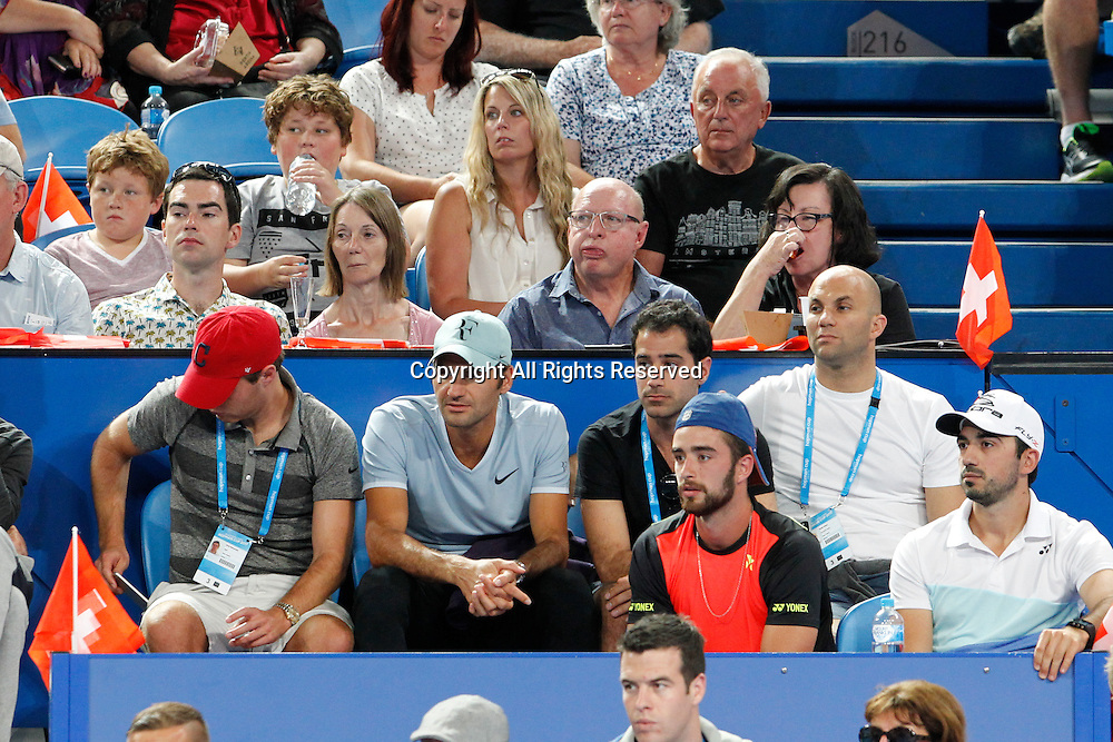 02.01.2017. Perth Arena, Perth, Australia. Mastercard Hopman Cup International Tennis tournament. Roger Federer watches Belinda Bencic in her match against Heather Watson.
