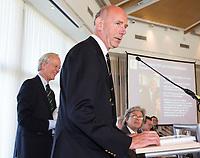SOESTDUINEN -Fernand Schul wordt tot erelid benoemd.  Algemene Ledenvergadering van de NGF (Nederlandse Golf Federatie) met bestuurswisseling. COPYRIGHT KOEN SUYK