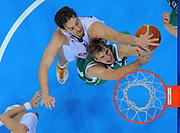 DESCRIZIONE : Kaunas Lithuania Lituania Eurobasket Men 2011 Quarter Final Round Spagna Slovenia Spain Slovenia<br /> GIOCATORE : Goran Dragic Pau Gasol<br /> CATEGORIA : tiro stoppata special<br /> SQUADRA : Spagna Spain Slovenia<br /> EVENTO : Eurobasket Men 2011<br /> GARA : Spagna Slovenia Spain Slovenia<br /> DATA : 14/09/2011<br /> SPORT : Pallacanestro <br /> AUTORE : Agenzia Ciamillo-Castoria/T.Wiendesohler<br /> Galleria : Eurobasket Men 2011<br /> Fotonotizia : Kaunas Lithuania Lituania Eurobasket Men 2011 Quarter Final Round Spagna Slovenia Spain Slovenia<br /> Predefinita :