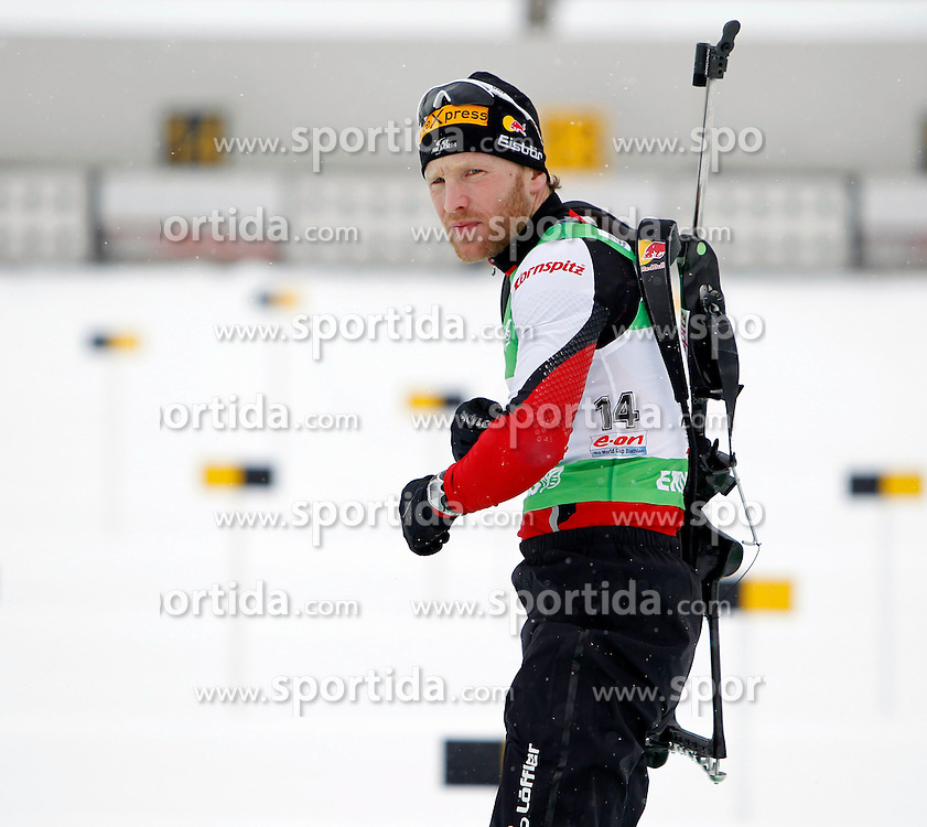 17.12.2011, Biathlonzentrum, Hochfilzen, AUT, E.ON IBU Weltcup, 3. Biathlon, Hochfilzen, Verfolgung Maenner, im Bild Simon Eder (AUT) // during Pursuit men E.ON IBU World Cup 3th Biathlon, Hochfilzen, Austria on 2011/12/17. EXPA Pictures © 2011, PhotoCredit: EXPA/ Oskar Hoeher