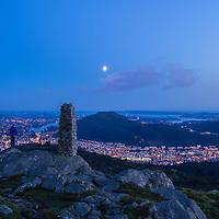 Moon over Bergen. Another pose on Blåmanen