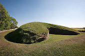 Belas Knap neolithic long barrow, Gloucestershire, England