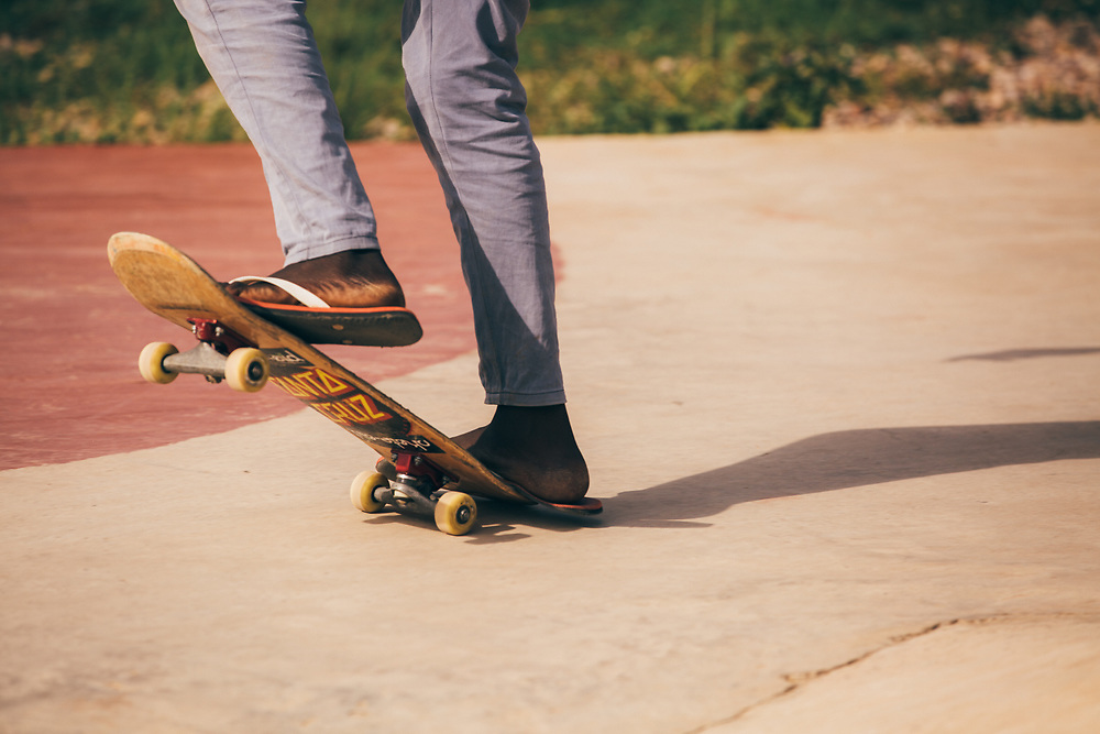 Some skateboarders manage to skate in flip flops...