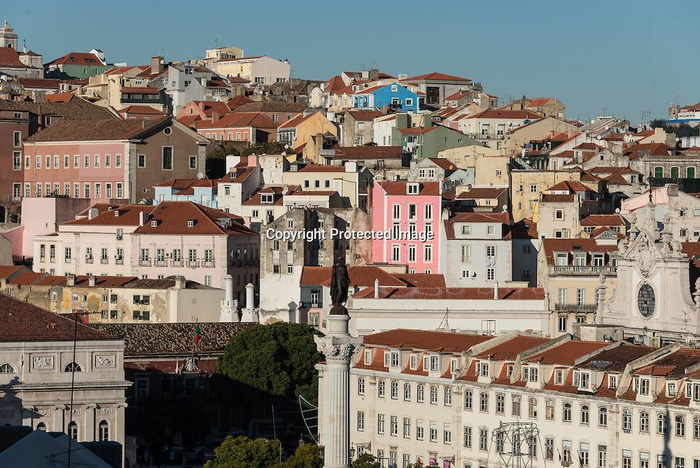 Portugal. Lisbon. The Rossio square, view from above / le quartier de Baixa vu d'en haut
