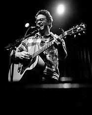 Amos Lee at The Fillmore | January 26, 2011
