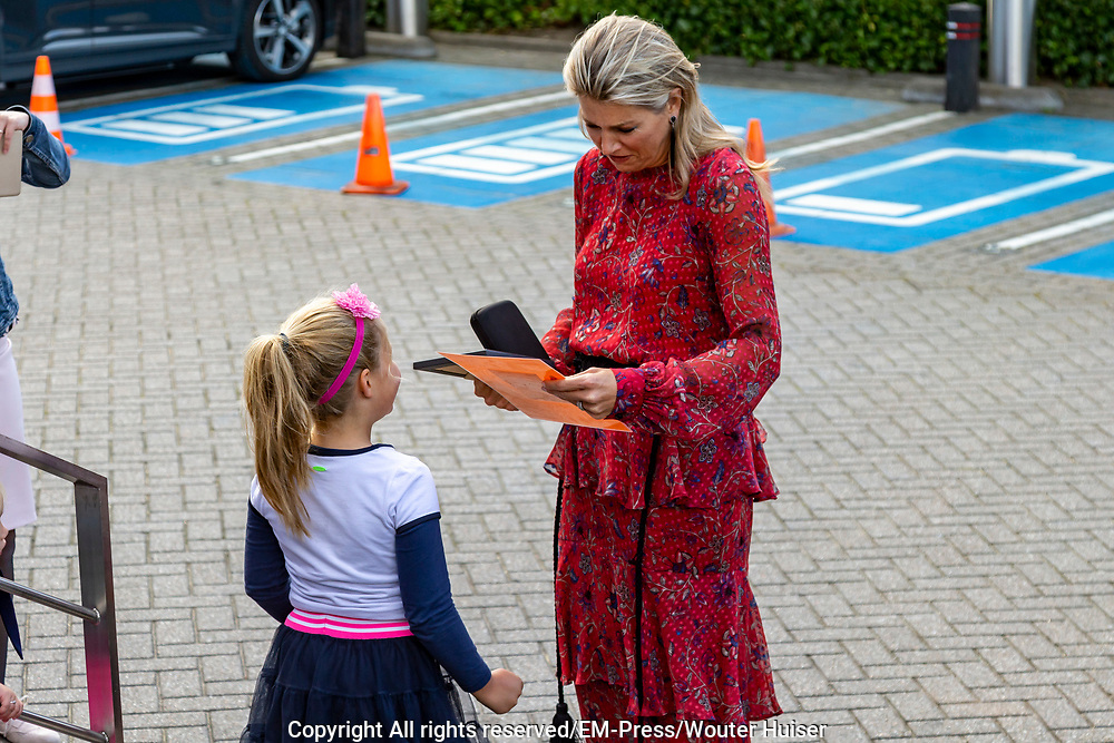 Koningin Maxima is bij de derde Koning Willem I Lezing over ondernemerschap. De lezing bij markeert de start van de inschrijving voor de tweejaarlijkse ondernemersprijzen van de Koning Willem I Stichting.<br /> <br /> Queen Maxima is at the third King Willem I Lecture on entrepreneurship. The lecture at marks the start of the registration for the biennial entrepreneurial prizes of the King Willem I Foundation.
