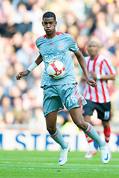 SUNDERLAND, ENGLAND - Saturday, August 16, 2008: Liverpool's Damien Plessis in action against Sunderland during the opening Premiership match of the season at the Stadium of Light. (Photo by David Rawcliffe/Propaganda)