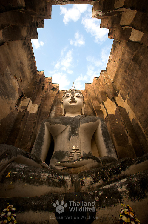 Wat Si Chum in Sukhothai, Thailand. The Sukhothai kingdom was an early Thai kingdom in north central Thailand. It existed from during the 13th to 15th centuries The.old capital is in ruins and is a Historical Park..
