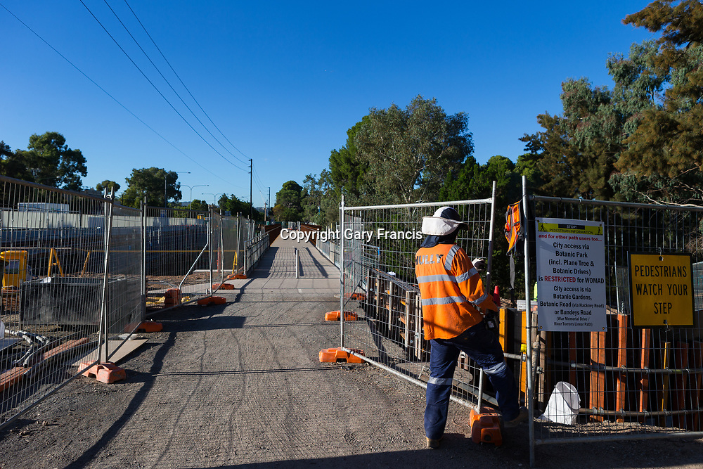 O-Bahn City Access Project construction by MacDow, Adelaide, Australia - images taken on 20 March 2017
