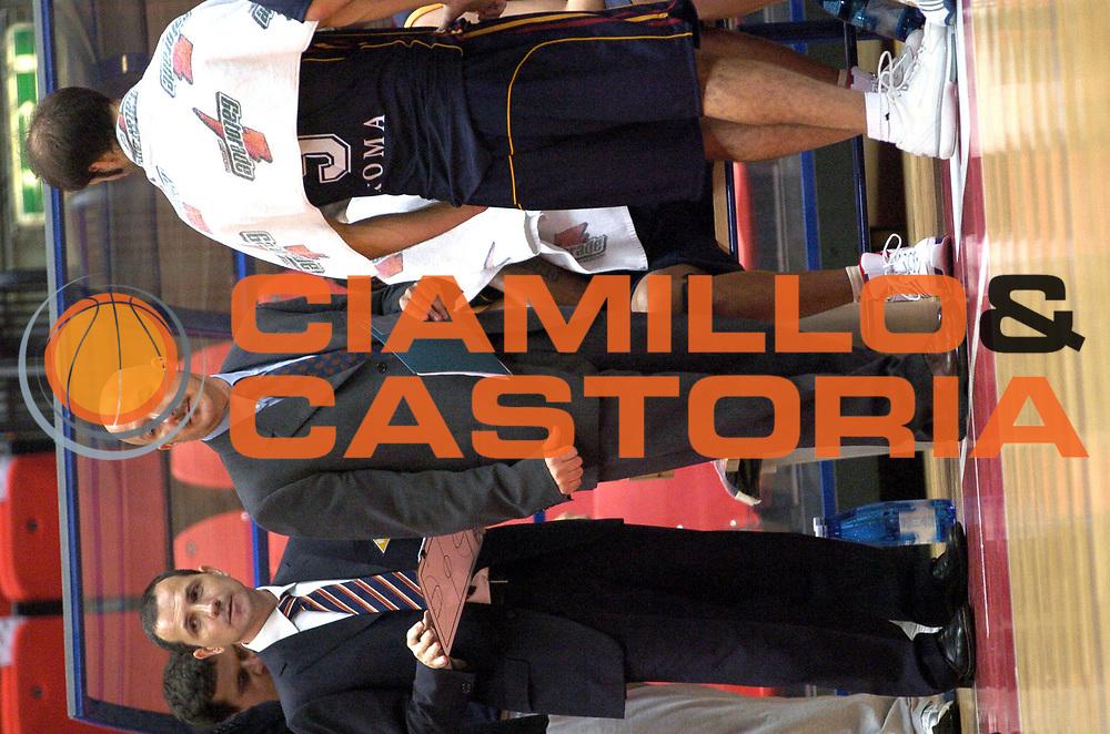 DESCRIZIONE : Livorno Lega A1 2006-07 Td Shop Livorno Lottomatica Virtus Roma<br />GIOCATORE : Frattin<br />SQUADRA : Lottomatica Virtus Roma<br />EVENTO : Campionato Lega A1 2006-2007 <br />GARA : Td Shop Livorno Lottomatica Virtus Roma<br />DATA : 19/10/2006 <br />CATEGORIA : Ritratto<br />SPORT : Pallacanestro <br />AUTORE : Agenzia Ciamillo-Castoria/G.Gobbi